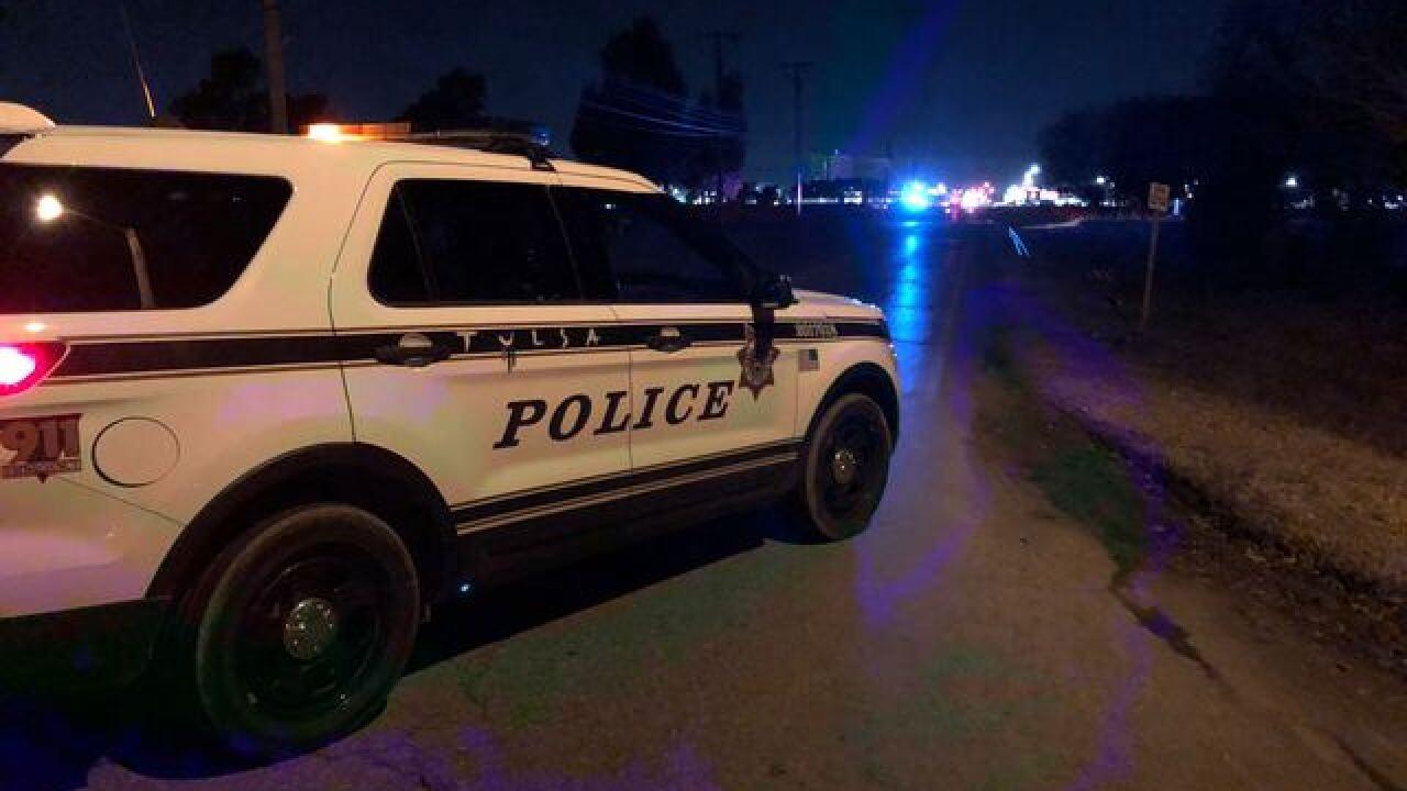Tulsa police investigate auto-pedestrian crash