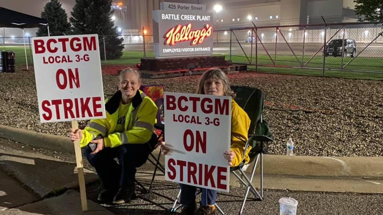 Kellogg's Company Union Workers Strike in Battle Creek