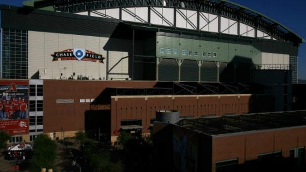 Maricopa County approves Chase Field agreement