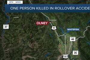 One person killed in rollover crash near Olney