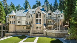 You And 20 Of Your Closest Friends Can Spend The Night At This Castle For $130 Each