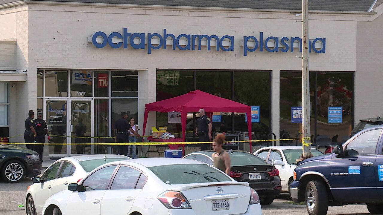3 stabbed at Petersburg plasma center; police search suspect'shome