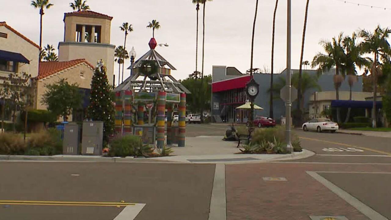 downtown_la_mesa_village_120618.jpg