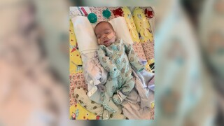 Baby weighing only 12 ounces at Florida hospital goes home after 6 months in NICU