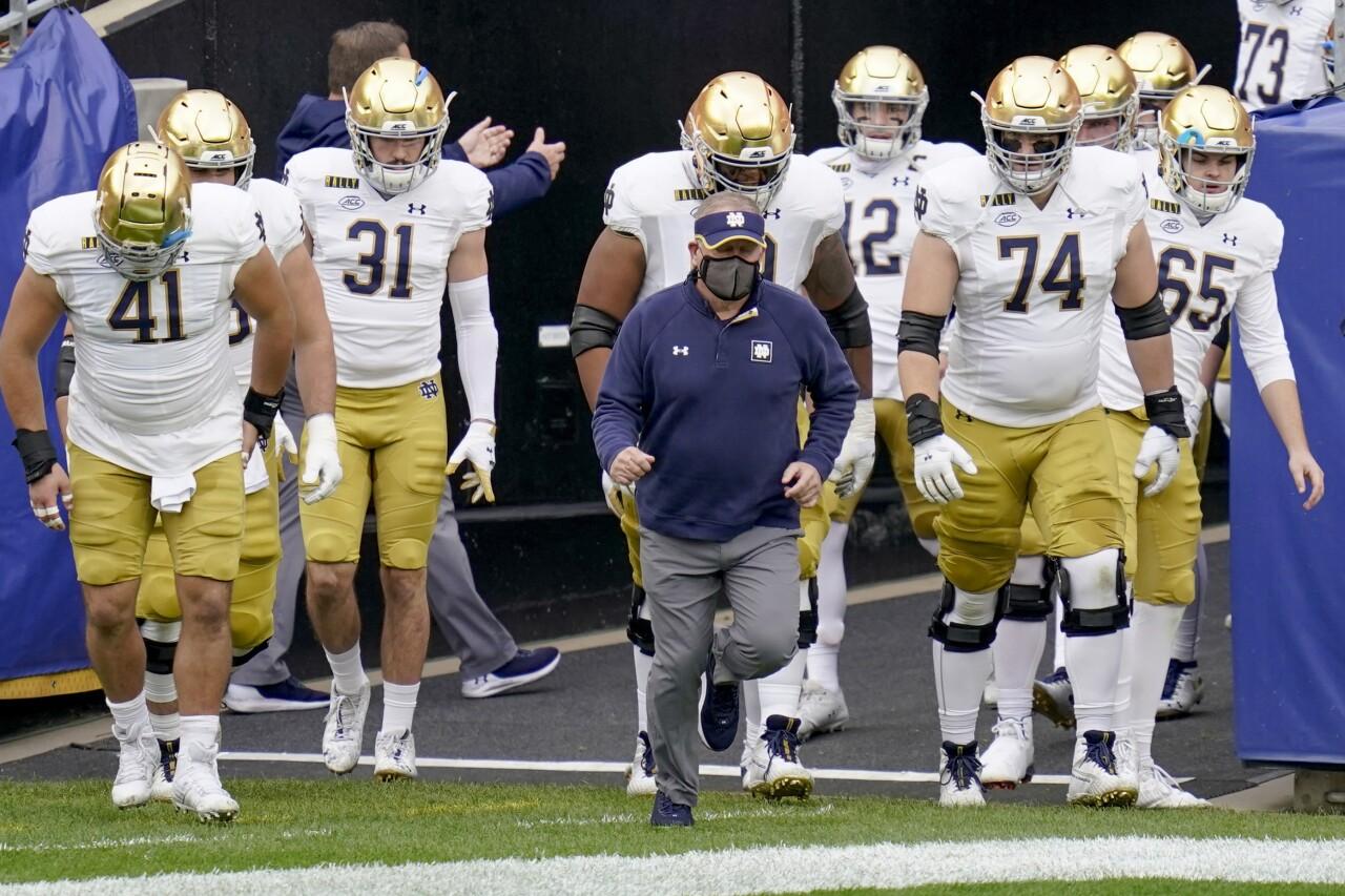 Notre Dame Fighting Irish take field October 2020