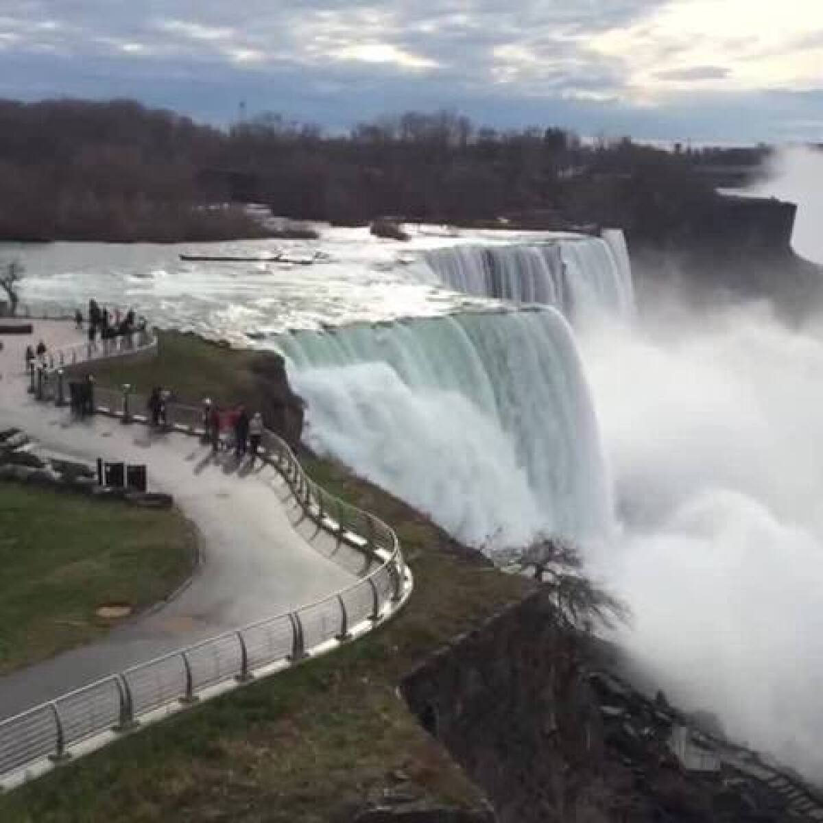 Search underway for man who went over Niagara Falls