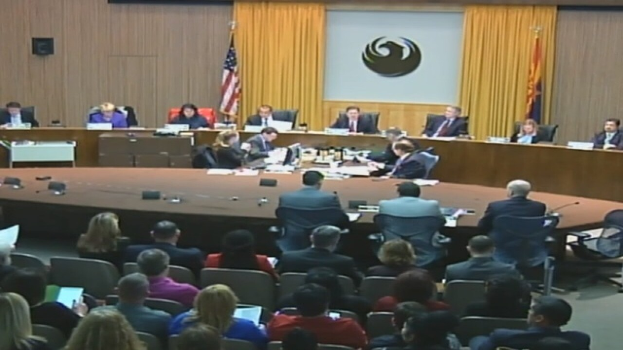 PHX council takes up issue of prayer at meeting