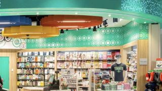 How to get books for half-price at airport bookstores