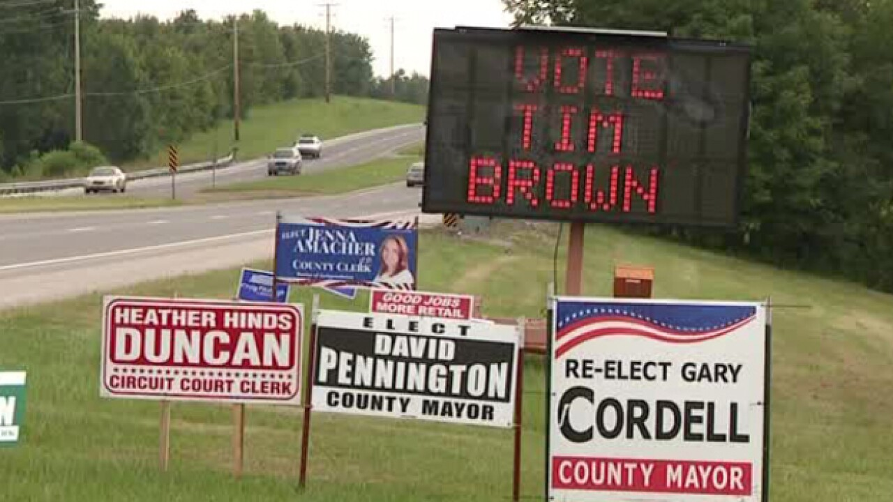 Does Portable Electronic Campaign Sign Violate Federal Regulations?