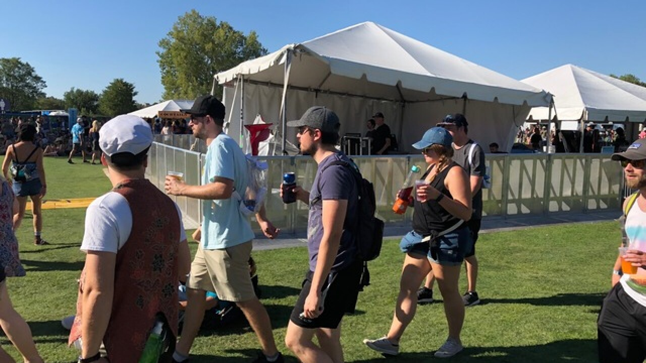 Fans brave record heat to 'chill' at Grandoozy