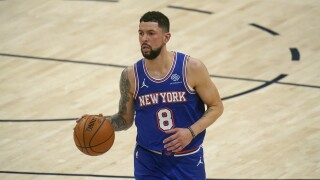 Denver Nuggets sign veteran Austin Rivers to 10-day contract