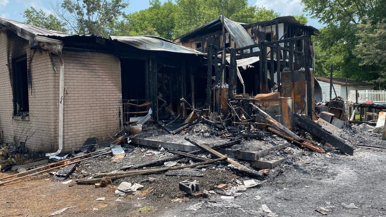 gallatin house fire.jpg