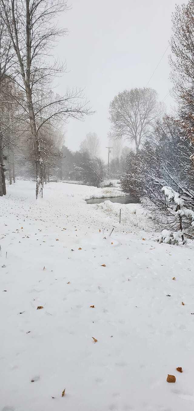 Snow Oct 24 Victor-2.jpg