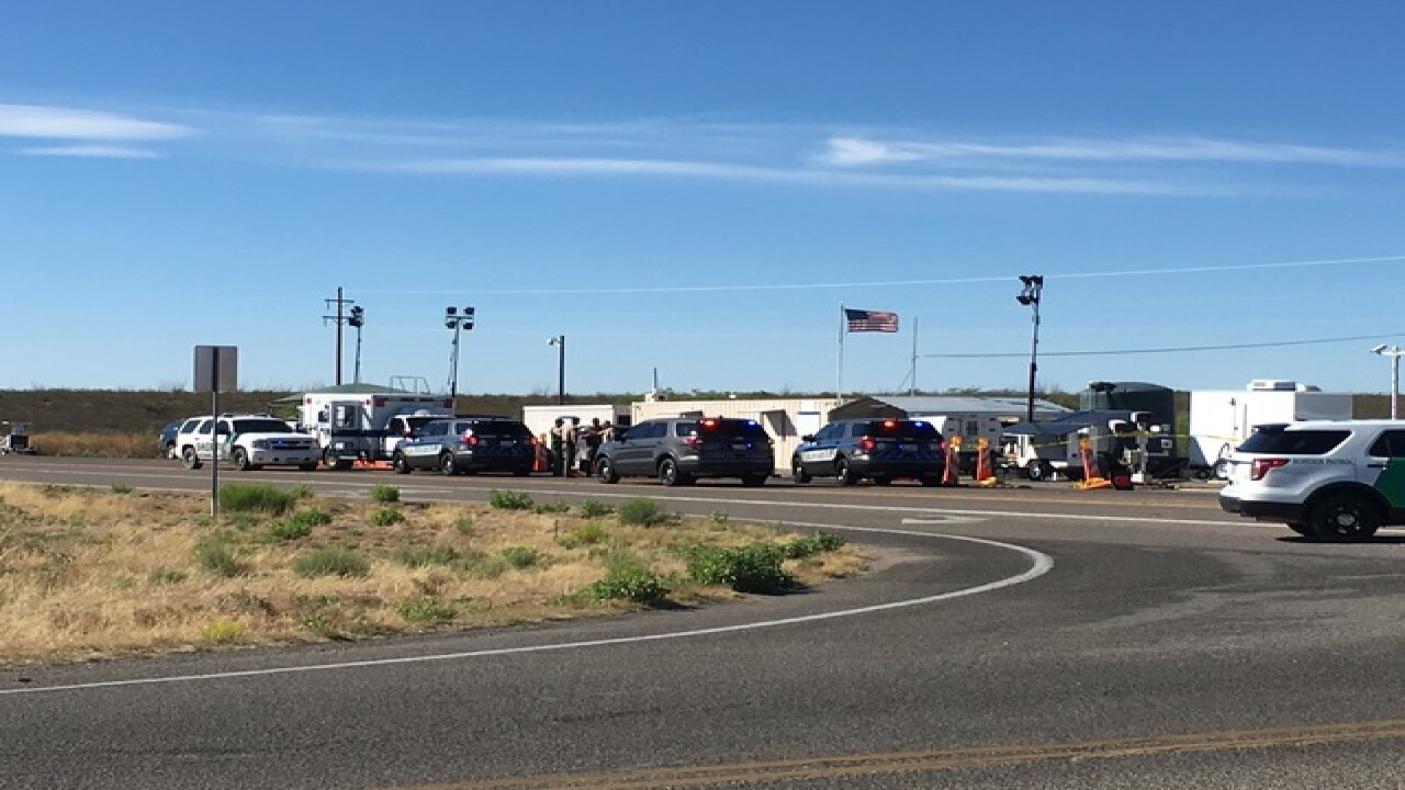 Man shot at border checkpoint near Tombstone