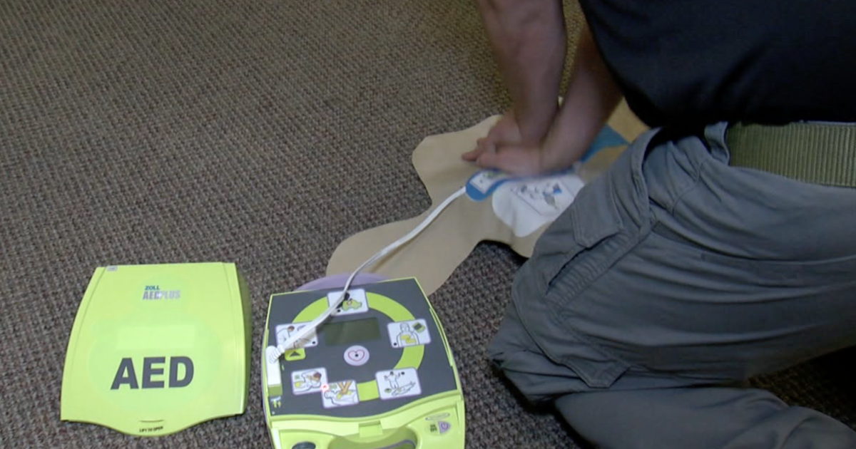 Officer asks departments to carry AEDs after personal scare