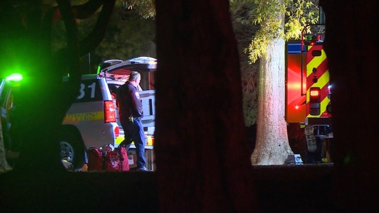 4 adults, 6 children escape Chesterfield housefire