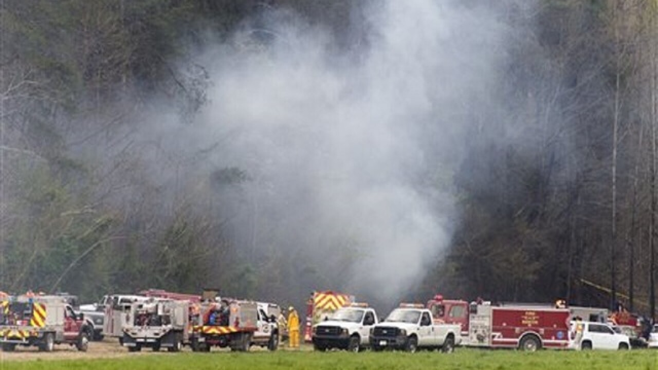 5 killed in Tennessee helicopter tour crash