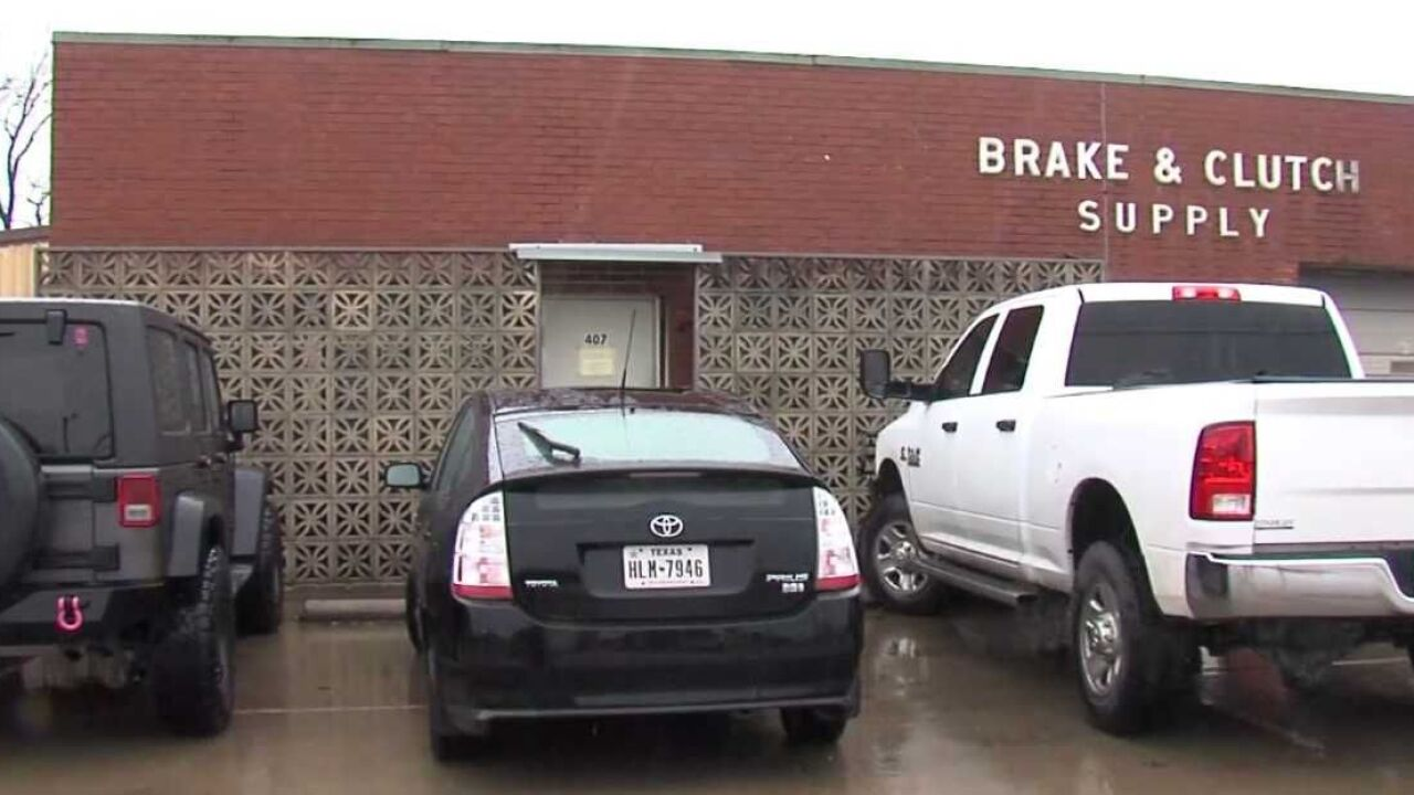Long-time downtown Waco business cashes in, moves out