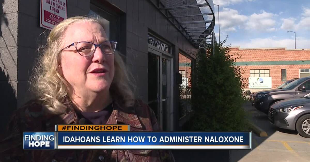 FINDING HOPE: Idahoans learn how to administer naloxone