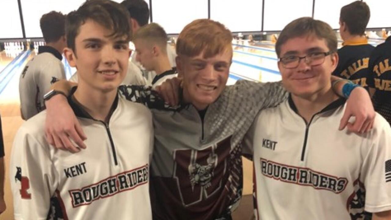 3 Teens Bowl Consecutive Perfect 300 Games At Tournament -6687