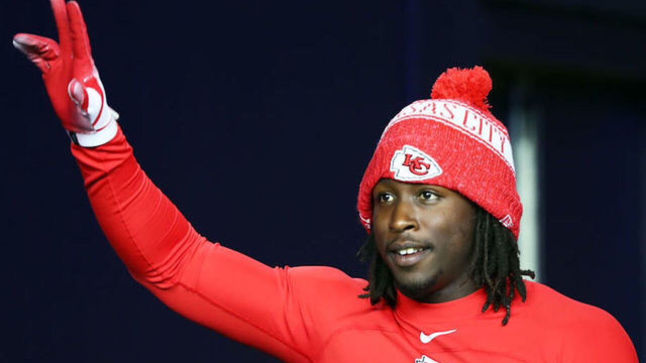 Kareem Hunt, NFL player seen assaulting woman on video, accused in 3 violent incidents this year