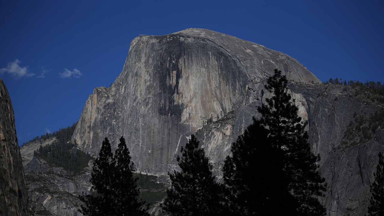 Hiker falls to his death during thunderstorm at Yosemite