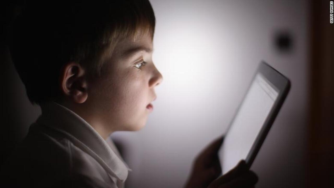 3-year-old boy repeatedly entered the wrong password, locked up his dad's iPad until 2067