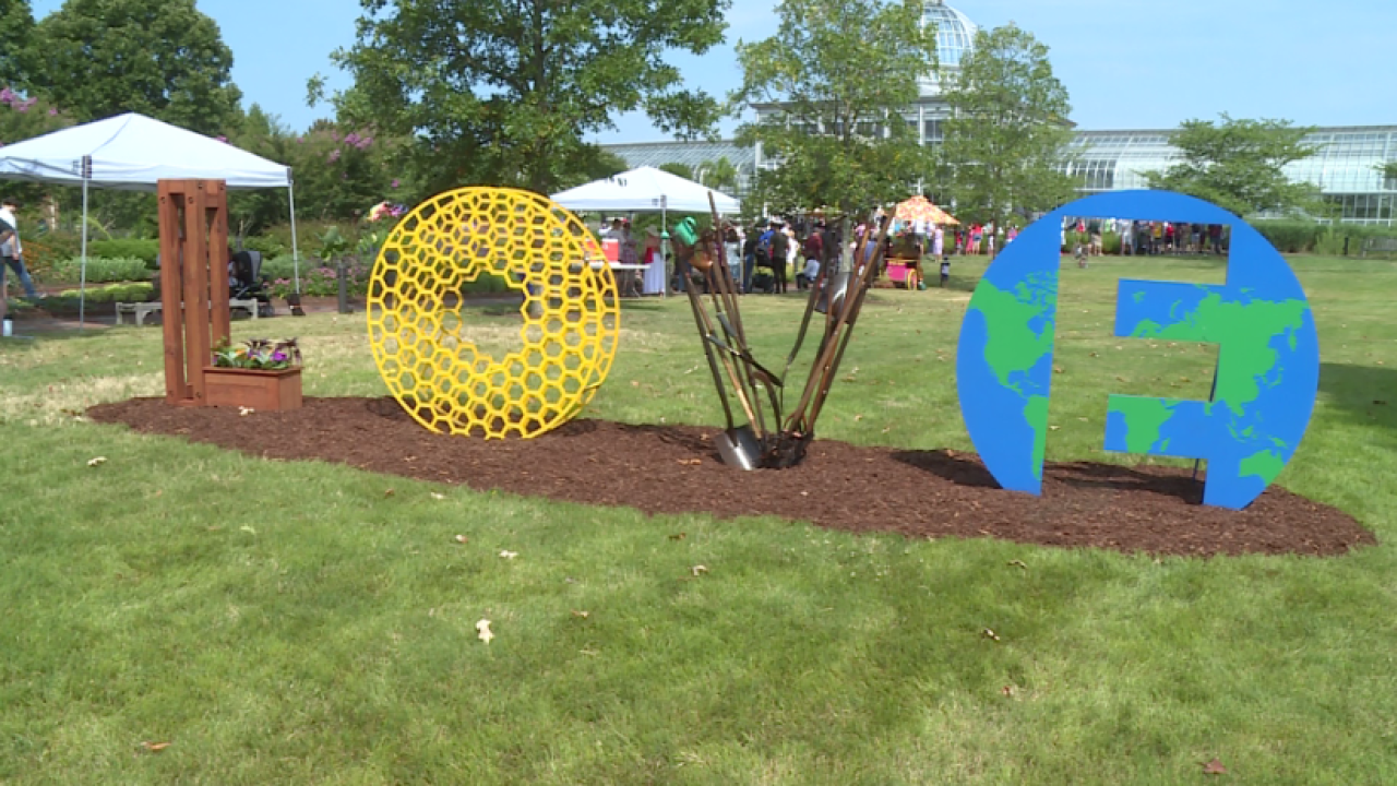 Lewis Ginter celebrates Fourth of July with unveiling of new 'LOVE' artwork