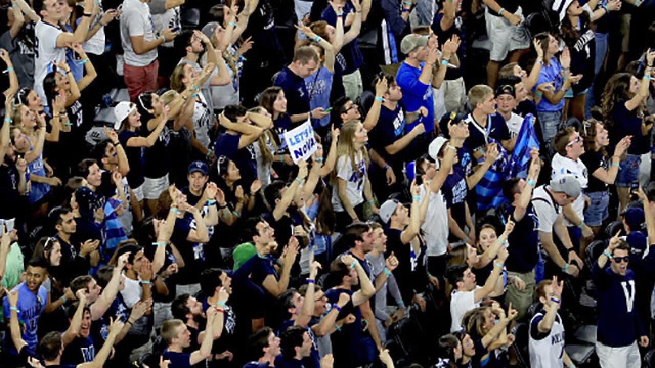 PHOTOS: Sooners take on Villanova in Final Four