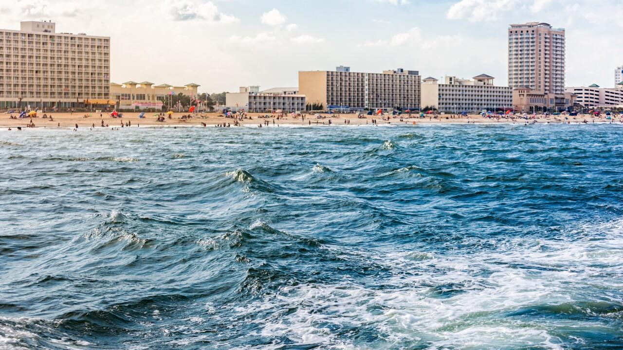 Sea lice pestering Virginia Beachswimmers