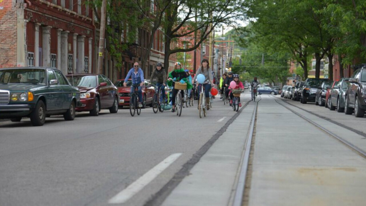 City opts to keep sidewalk bicycling ban, but will look for possible exceptions