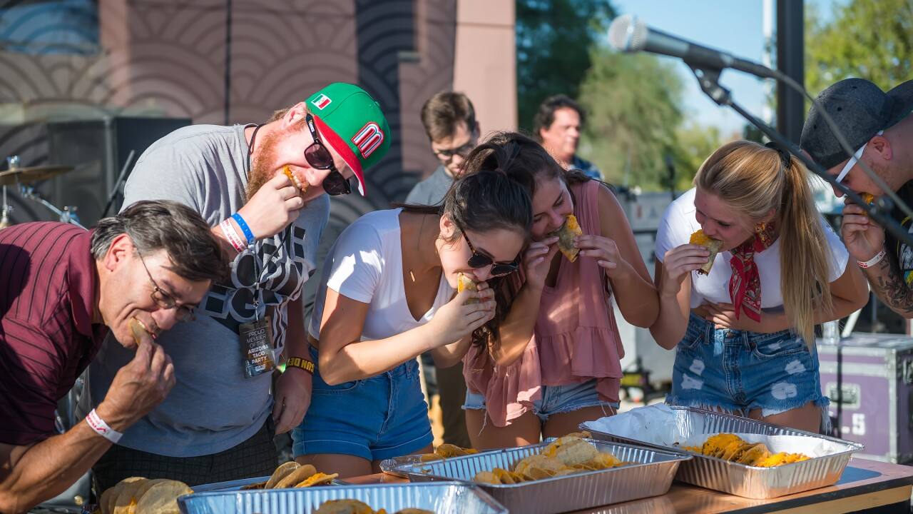 Taco-Eating-Contest-19.jpg
