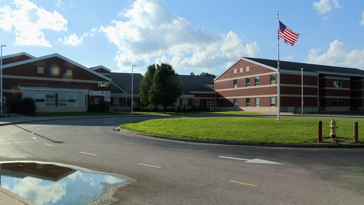 Roll Hill School.jpg