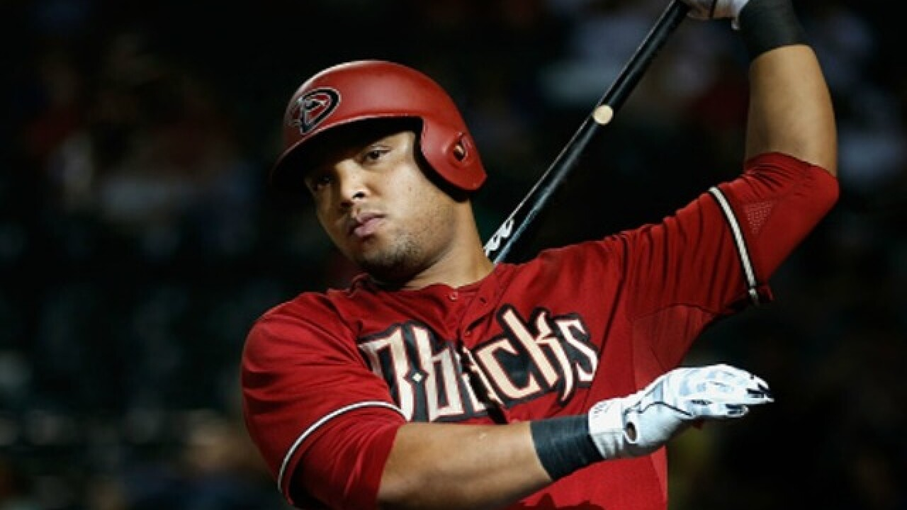 Report: Diamondbacks place Yasmany Tomas on waivers