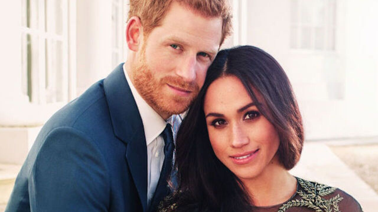 Prince Harry and Meghan Markle reveal official engagement photos