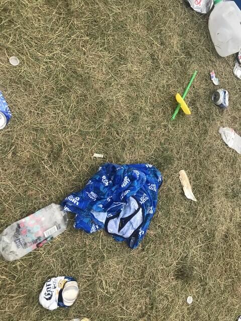 INDY 500 PICS: Trash, trash and more trash