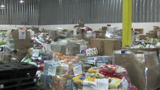 Food pantry reaching out to hungry college kids