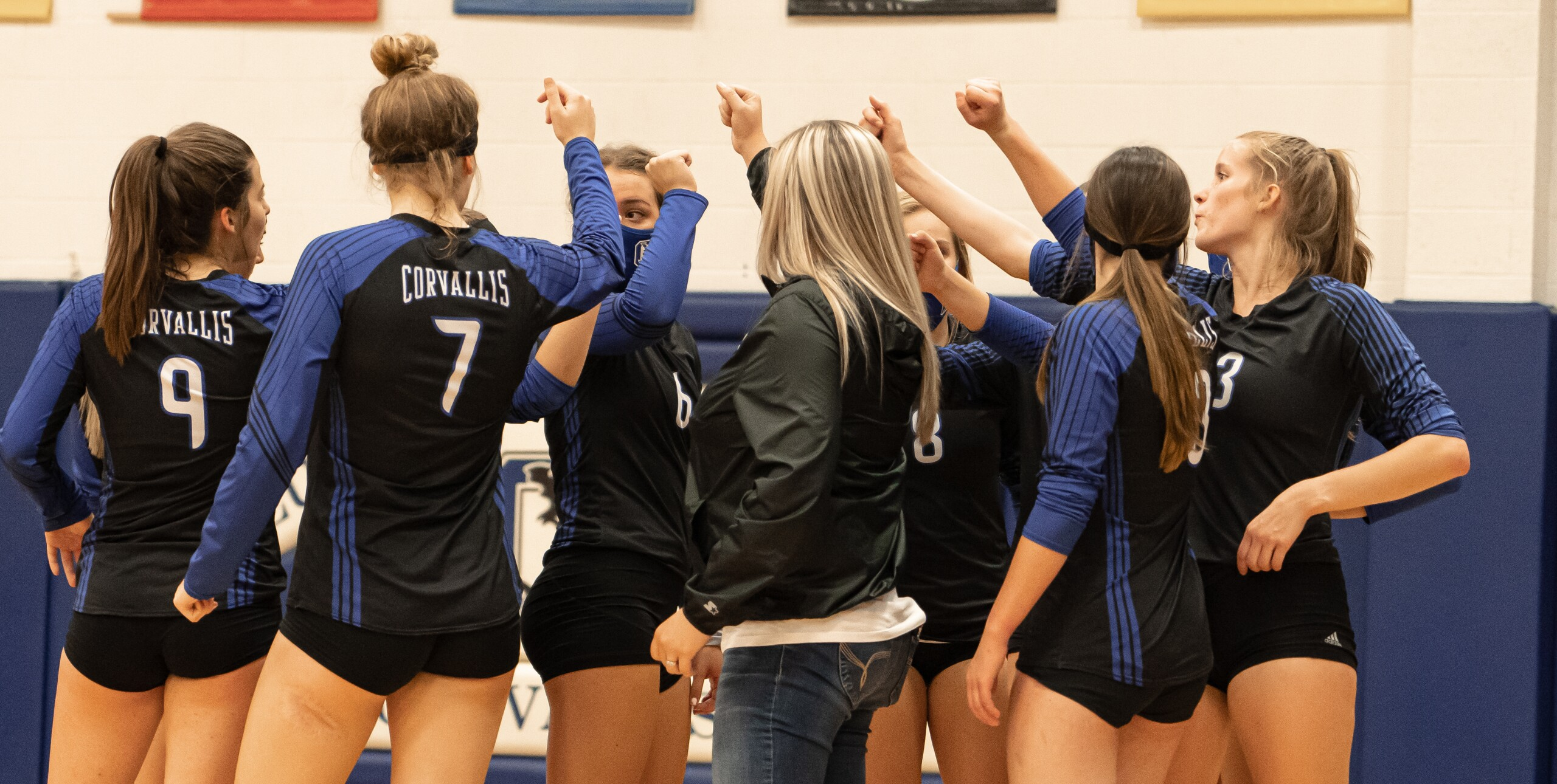 Corvallis volleyball team-2.jpg
