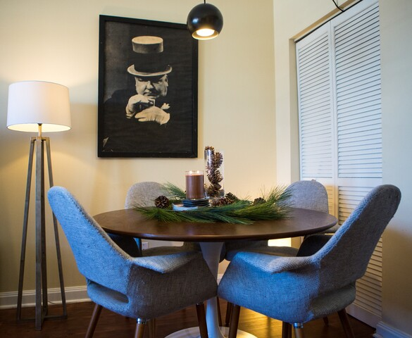 HOME TOUR: Small space made modern