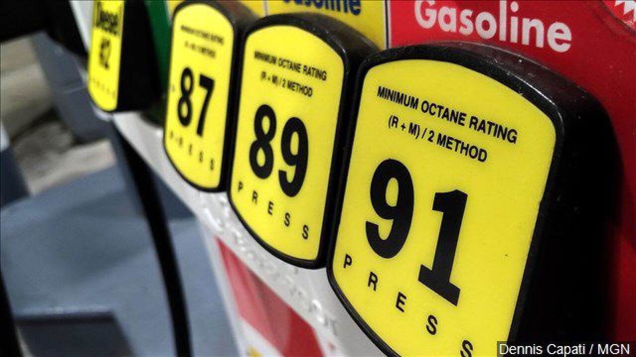 Gas Prices In Florida >> Gas Prices In Florida Drop To 16 Month Low Ahead Of Christmas