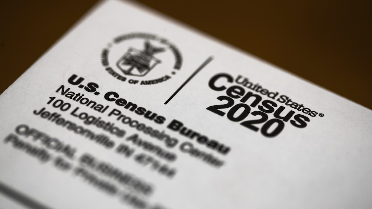Text messages show census managers told counters to enter misleading data