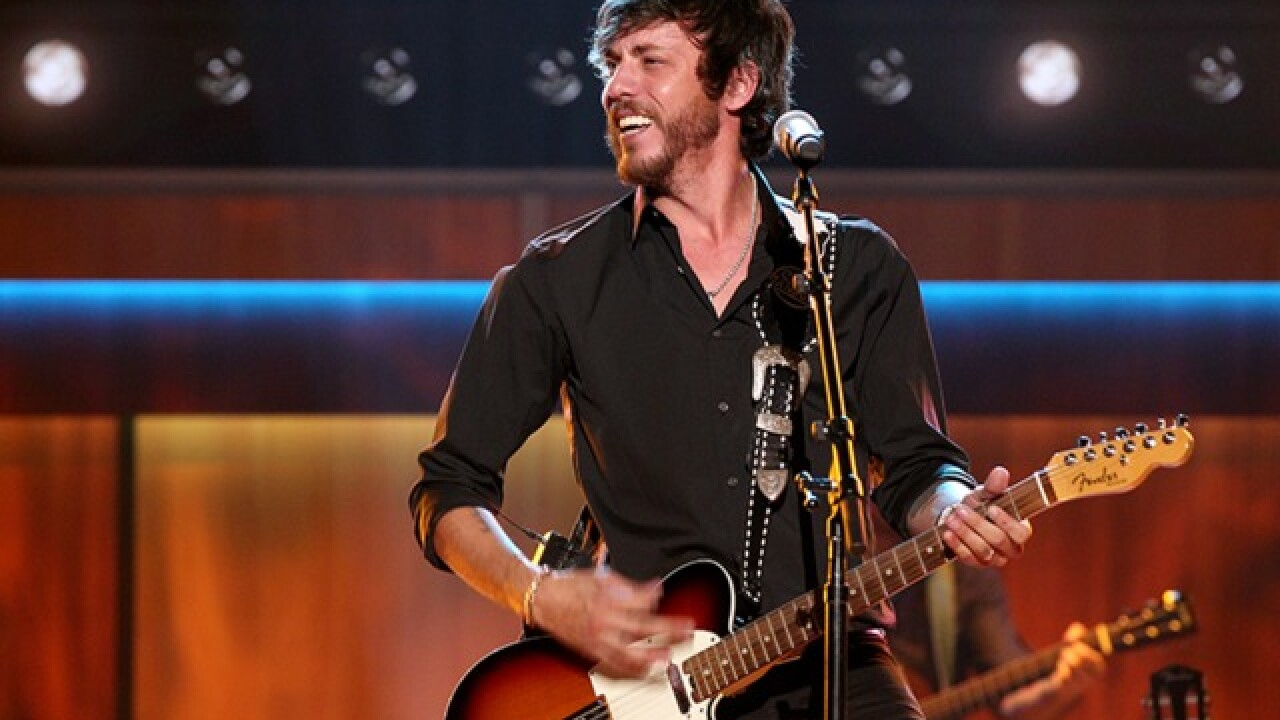 Welcome to the family: Keith Urban surprises Chris Janson with invitation to join the Opry