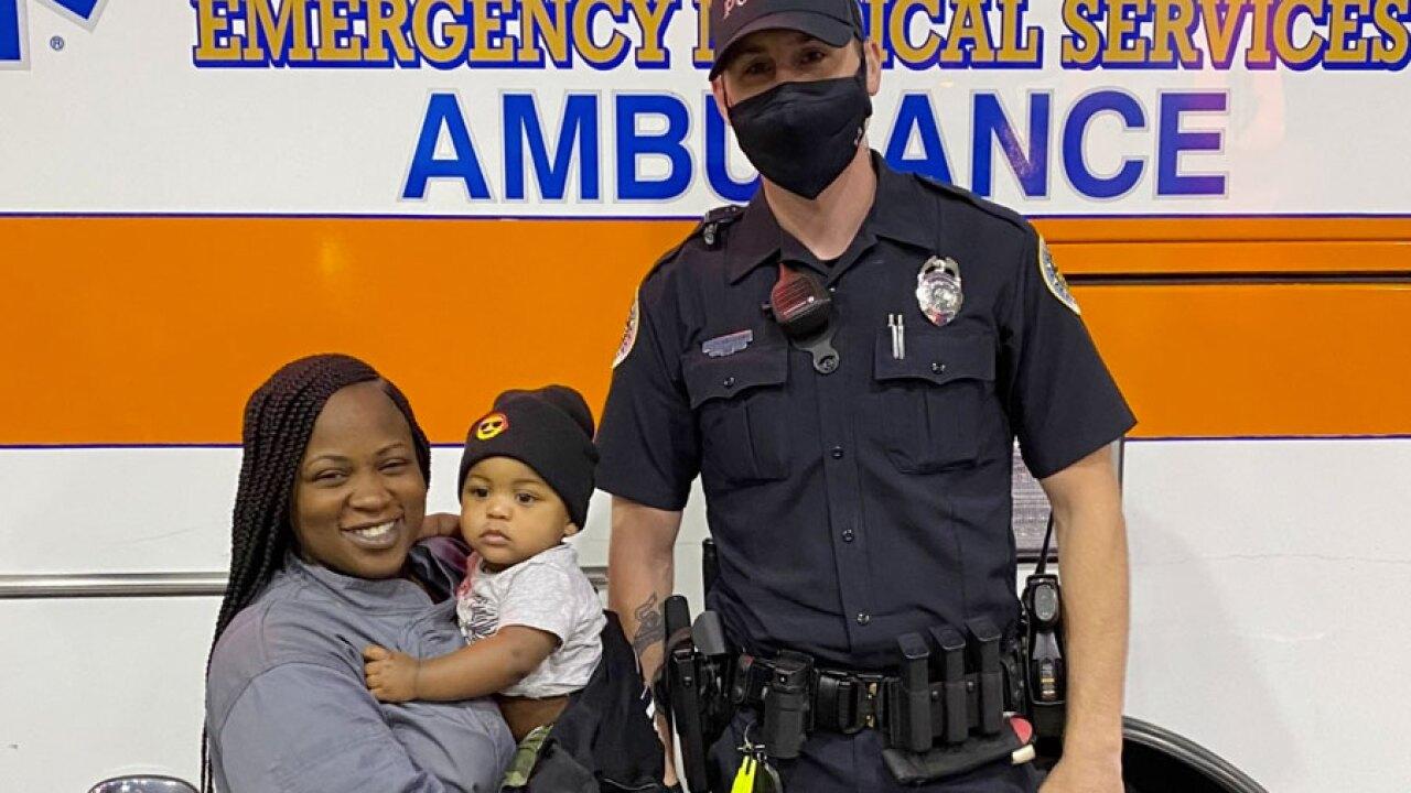 officersavesbaby.jpg