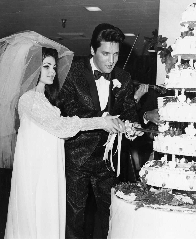 PRESLEY ELVIS/WITH BRIDE