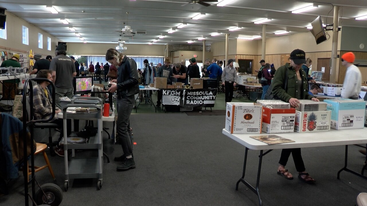 Total Record Swap Brings The Vinyl Community Together