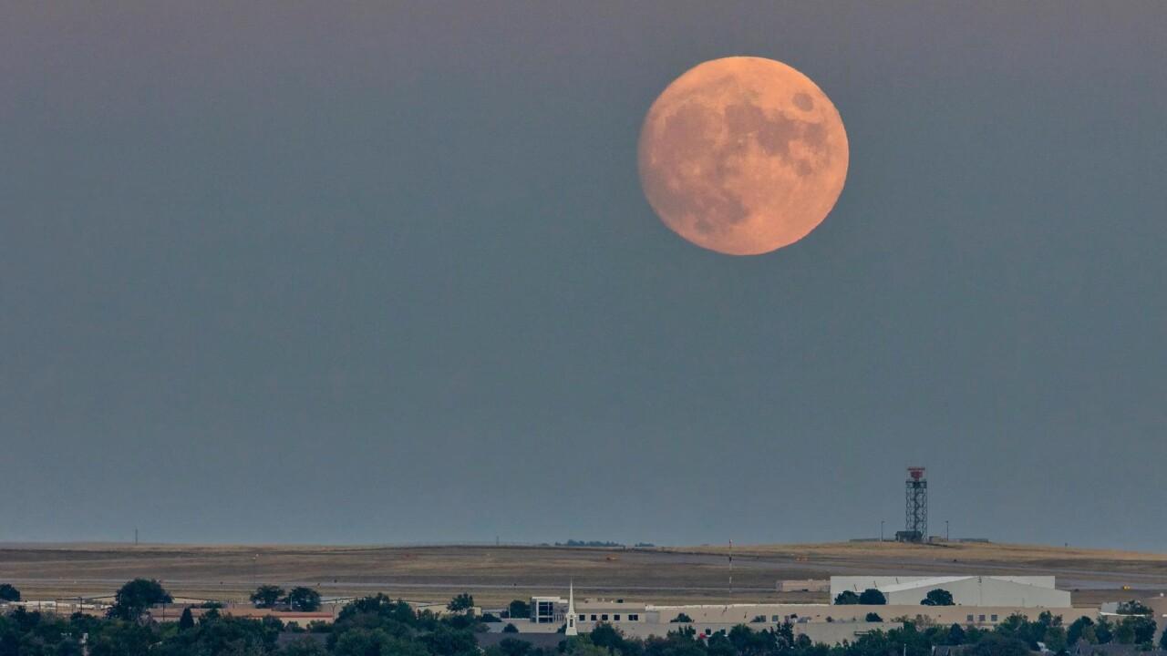Larry Marr colorado springs harvest moon