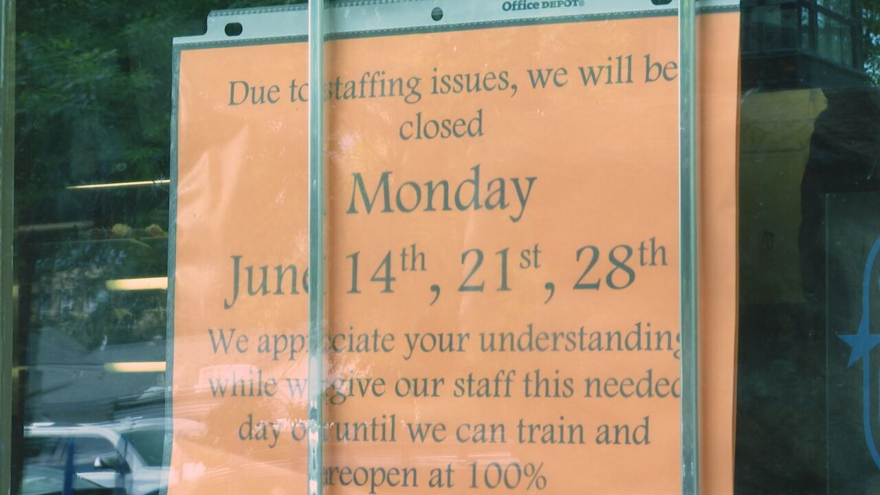 Staffing shortage leading restaurants to temporarily close, cut back hours