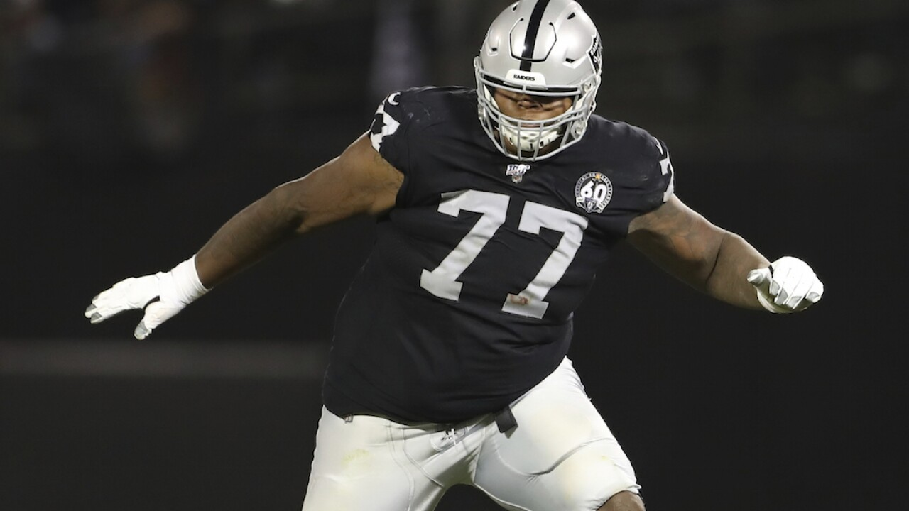 AP sources: Raiders place 5 more players on COVID-19 list