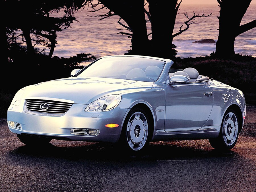 2004 Lexus SC 430: Premium Luxur