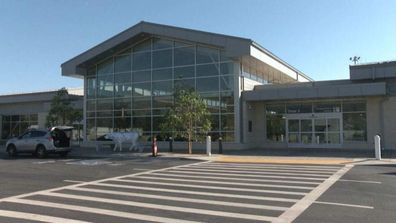 SLO airport looking to add more flights